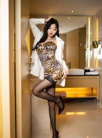 [超清XiuRen秀人网]  No.1838 杨晨晨sugar 狂野豹纹吊裙与魅惑黑丝 [69+1P]【百度云】